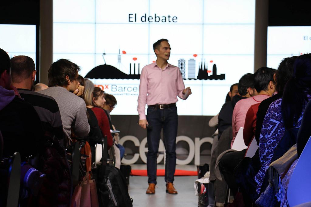 TEDxBarcelona-salon-nos-estamos-comiendo-el-mundo-b