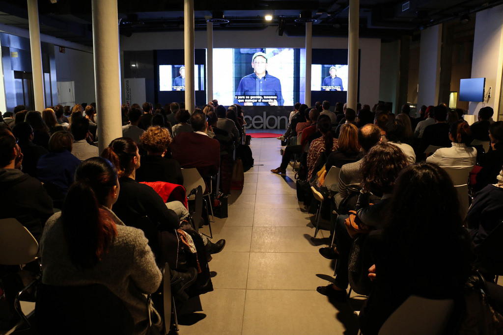 TEDxBarcelona-salon-nos-estamos-comiendo-el-mundo-f